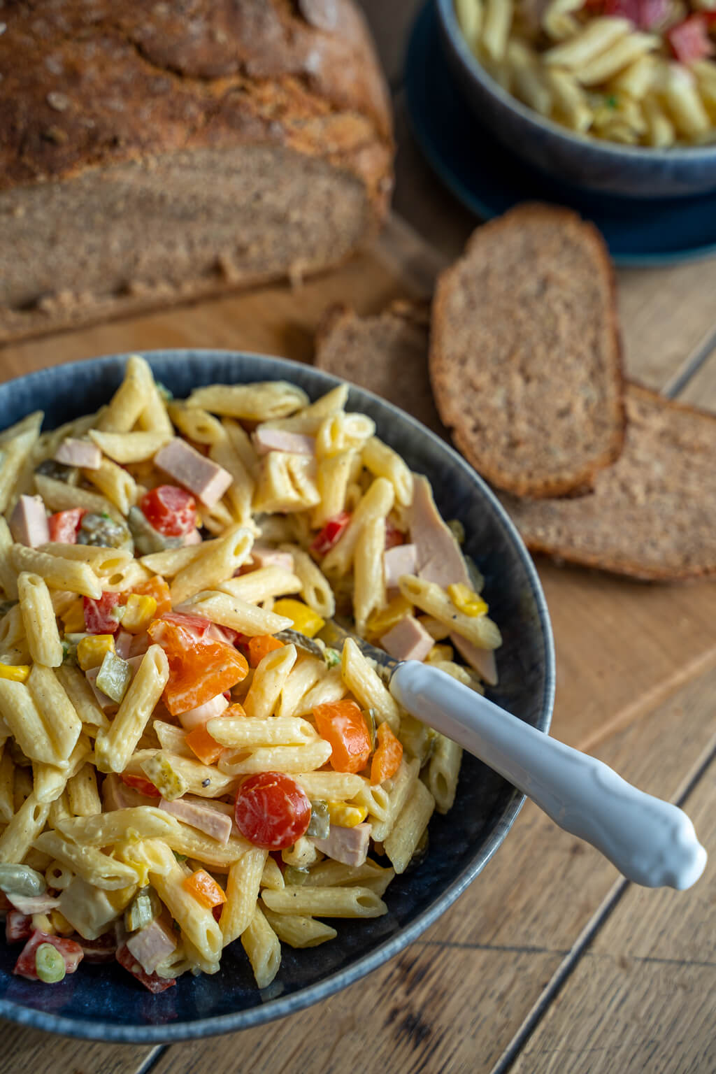 Nudelsalat mit Fleischwurst und Mayo