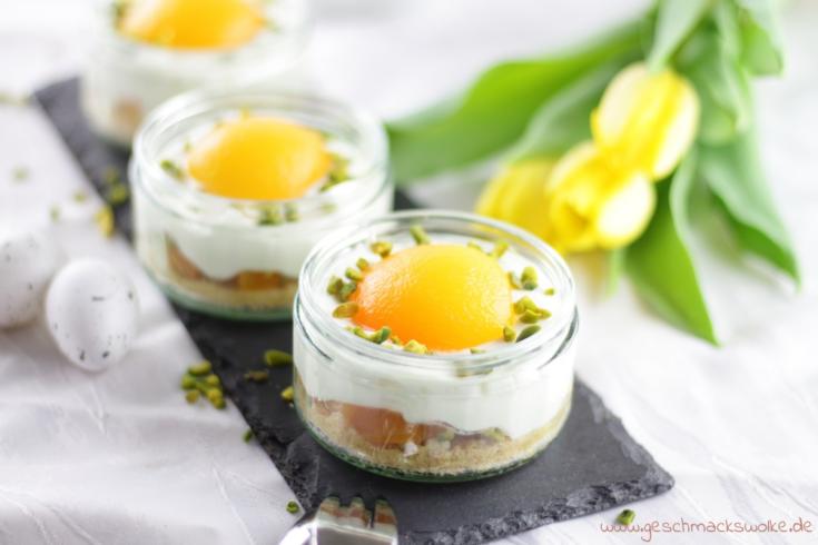 Aprikosen-Käsekuchen im Glas zum Osterbrunch