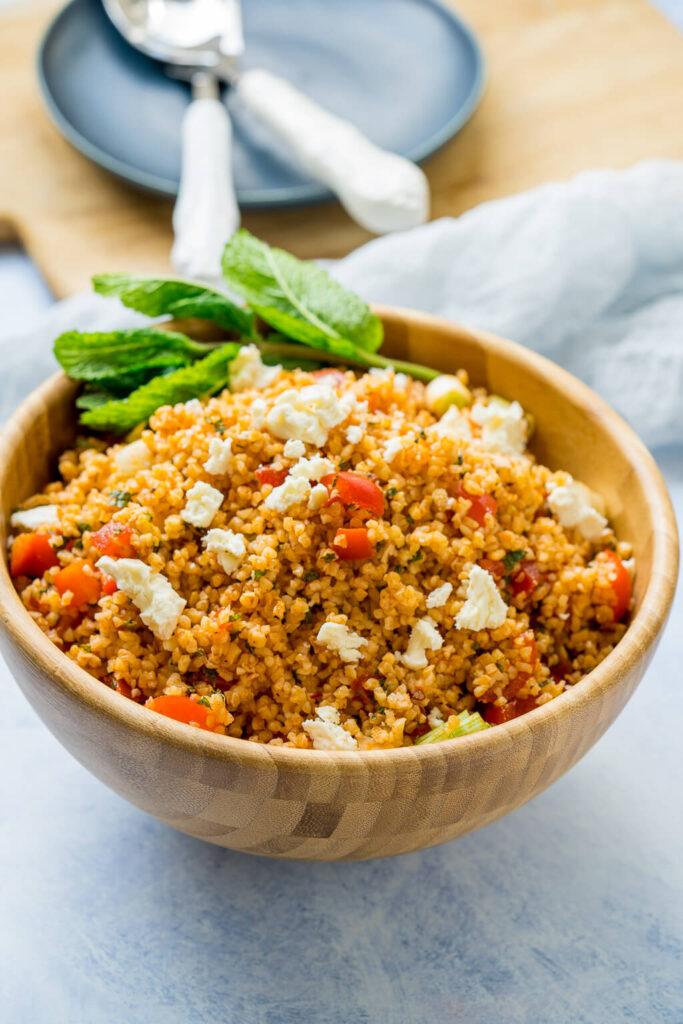 Bulgur Salat ist ein perfekter Bestandteil für dein Meal Prep