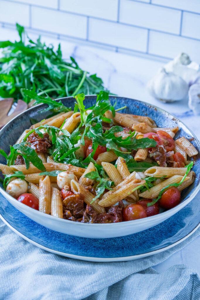 Italienischer Sommersalat mit Rucola