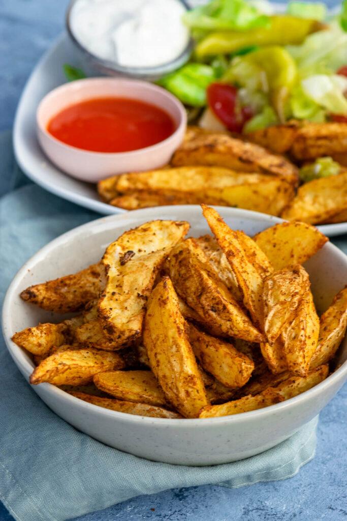 Kartoffel Wedges Rezept mit ruck zuck Dip