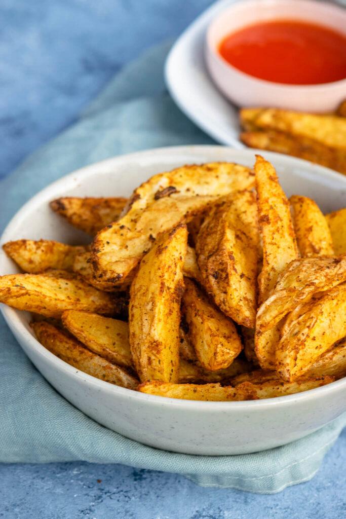 Kartoffelecken Rezept - einfach, knusprig und richtig gut gewürzt