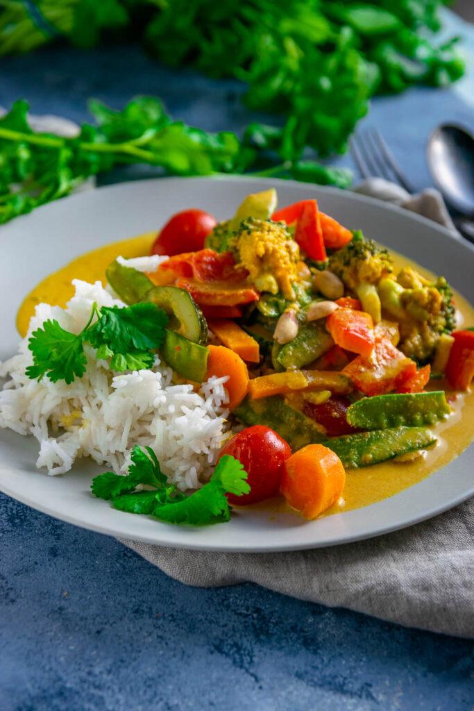 Lieblingscurry - mit Erdnussbutter, Currypaste und Kokosmilch