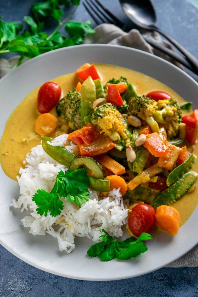 Schnelles Erdnussbutter Curry - mega lecker - vegetarisch