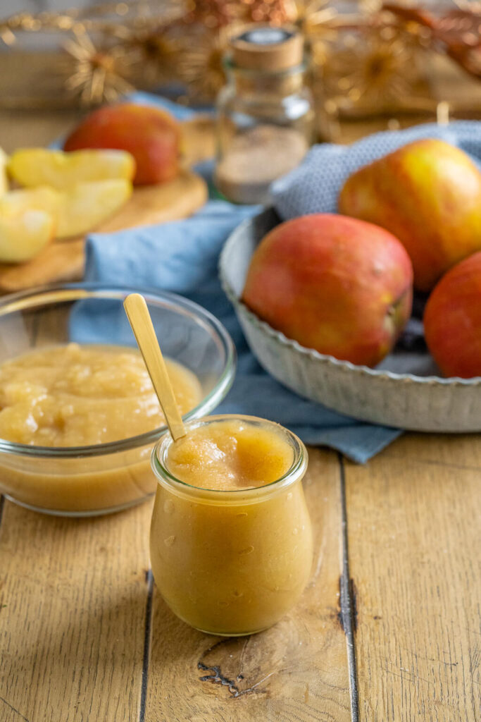 Apfelmus selbst machen - so einfach kochst du Apfelkompott zuhause