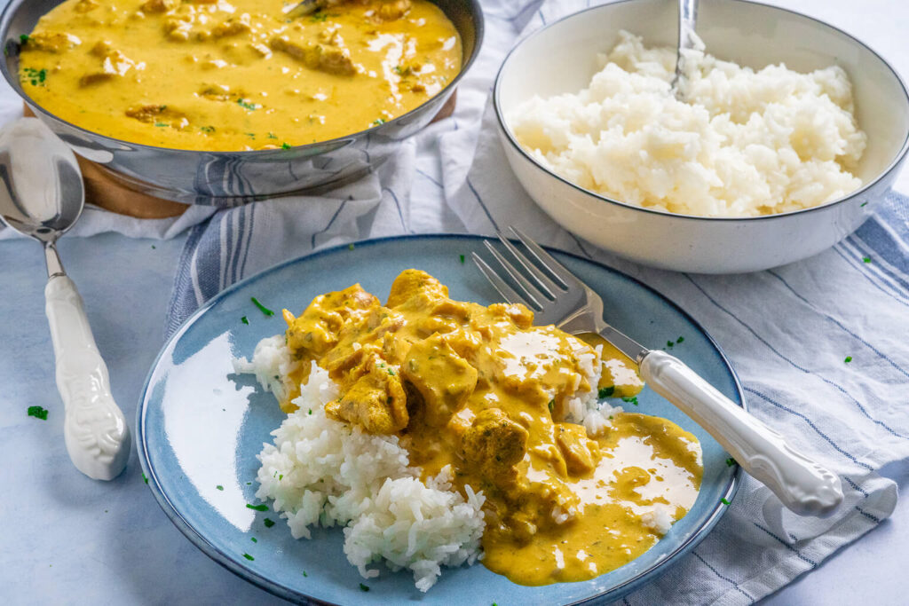 Geschnetzeltes in cremiger Currysauce - fertig in nur 30 Minuten