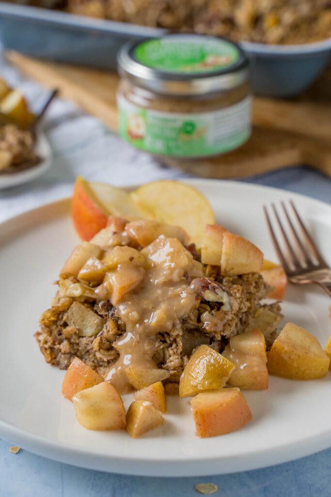 Baked Oatmeal das perfekte Frühstück - auch lecker mit Mandelmus