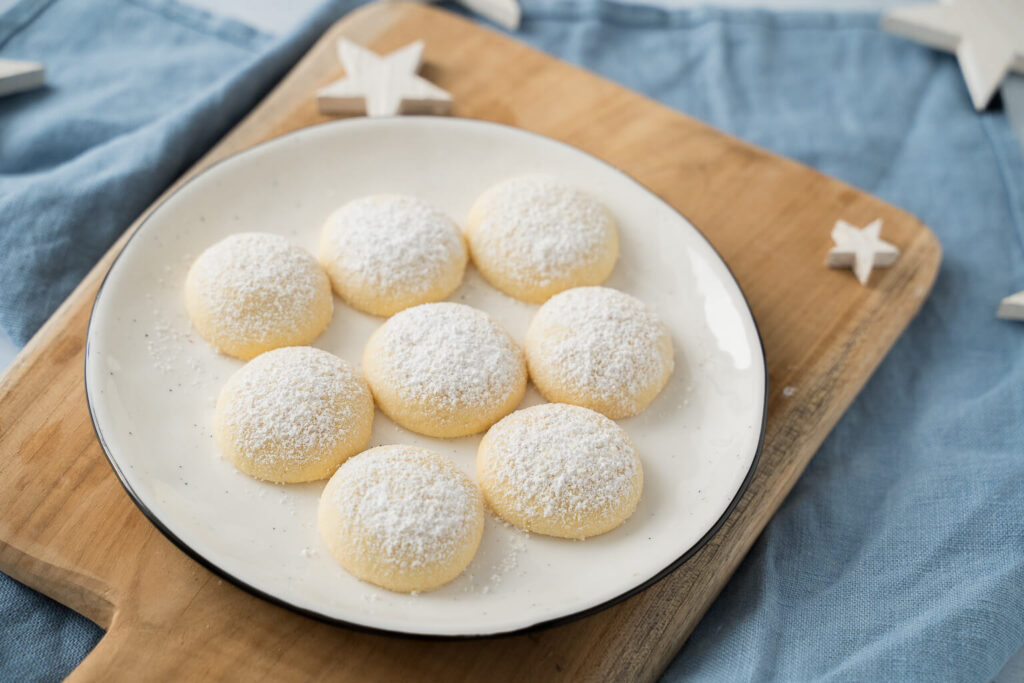 Weiß, zart und ungbeschreiblich lecker - diese Butterwölkchen zergehen auf der Zunge