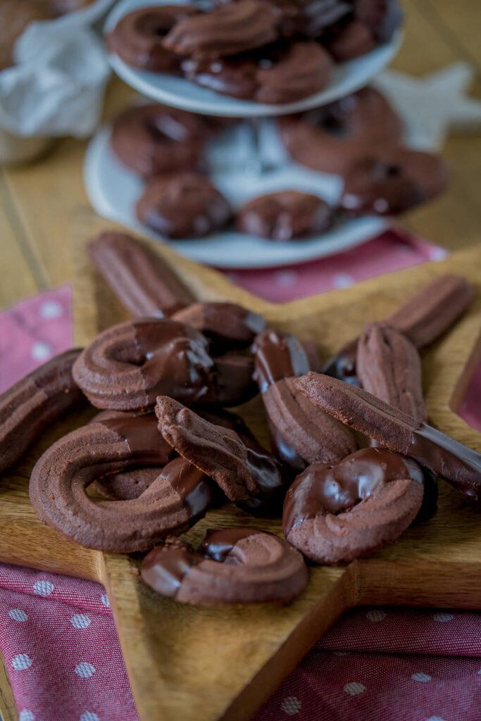 Leckeres Spritzgebäck mit Schokolade