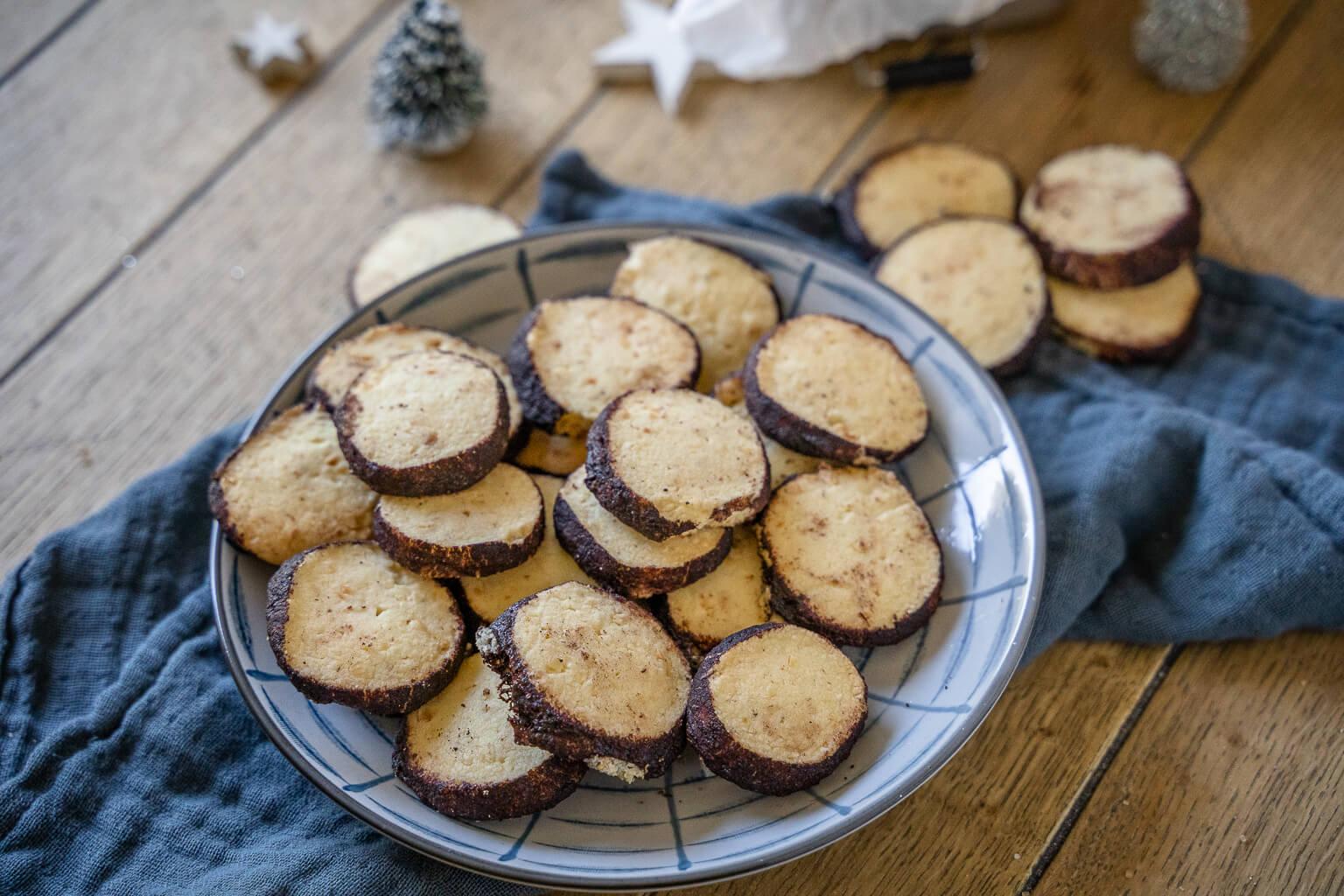 Schweizer Nusstaler – diese Kekse zergehen auf der Zunge