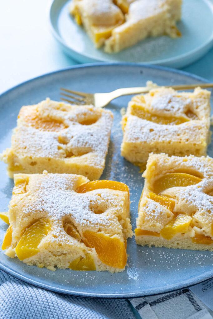 Buttermilchkuchen Rezept mit Pfirsich