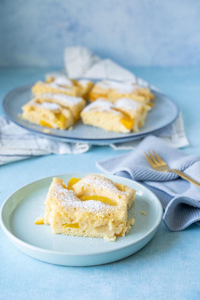 Buttermilchkuchen mit Obst