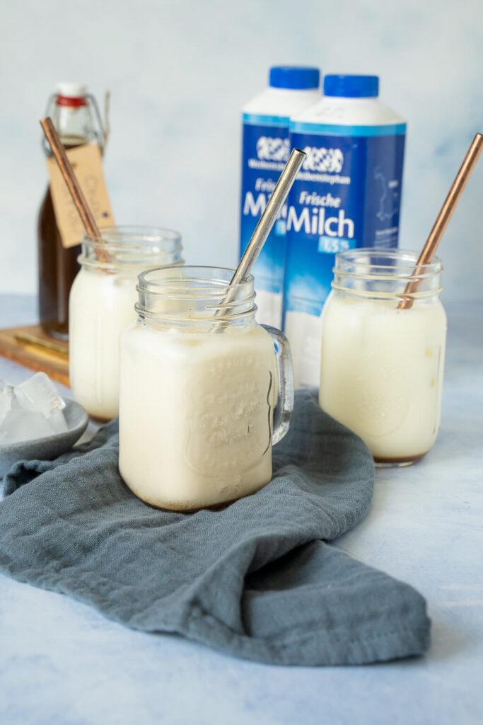 Leckerer Iced Chai Latte - Mocktail zum Tag der Milch