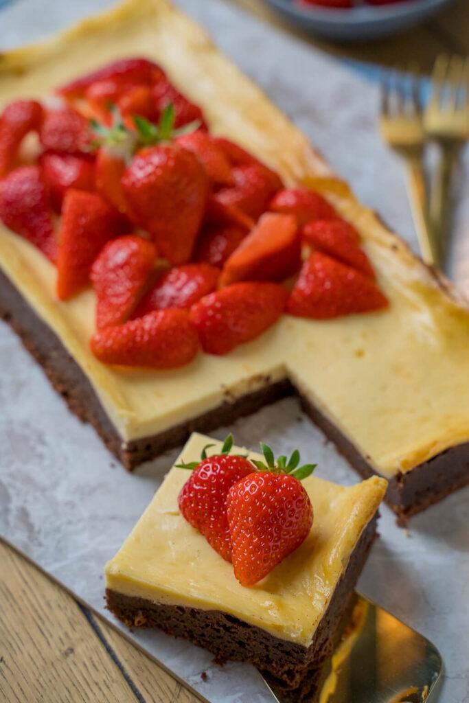 Leckerer Käsekuchen mit Erdbeeren