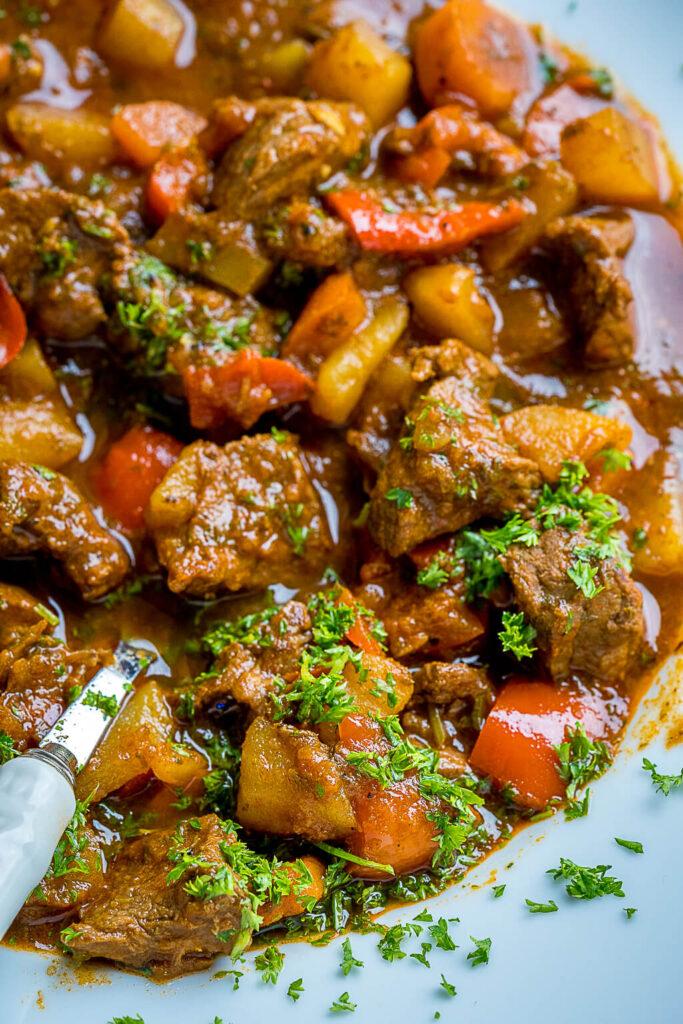 So lecker und dennoch einfach zu kochen - Ungarische Gulaschsuppe