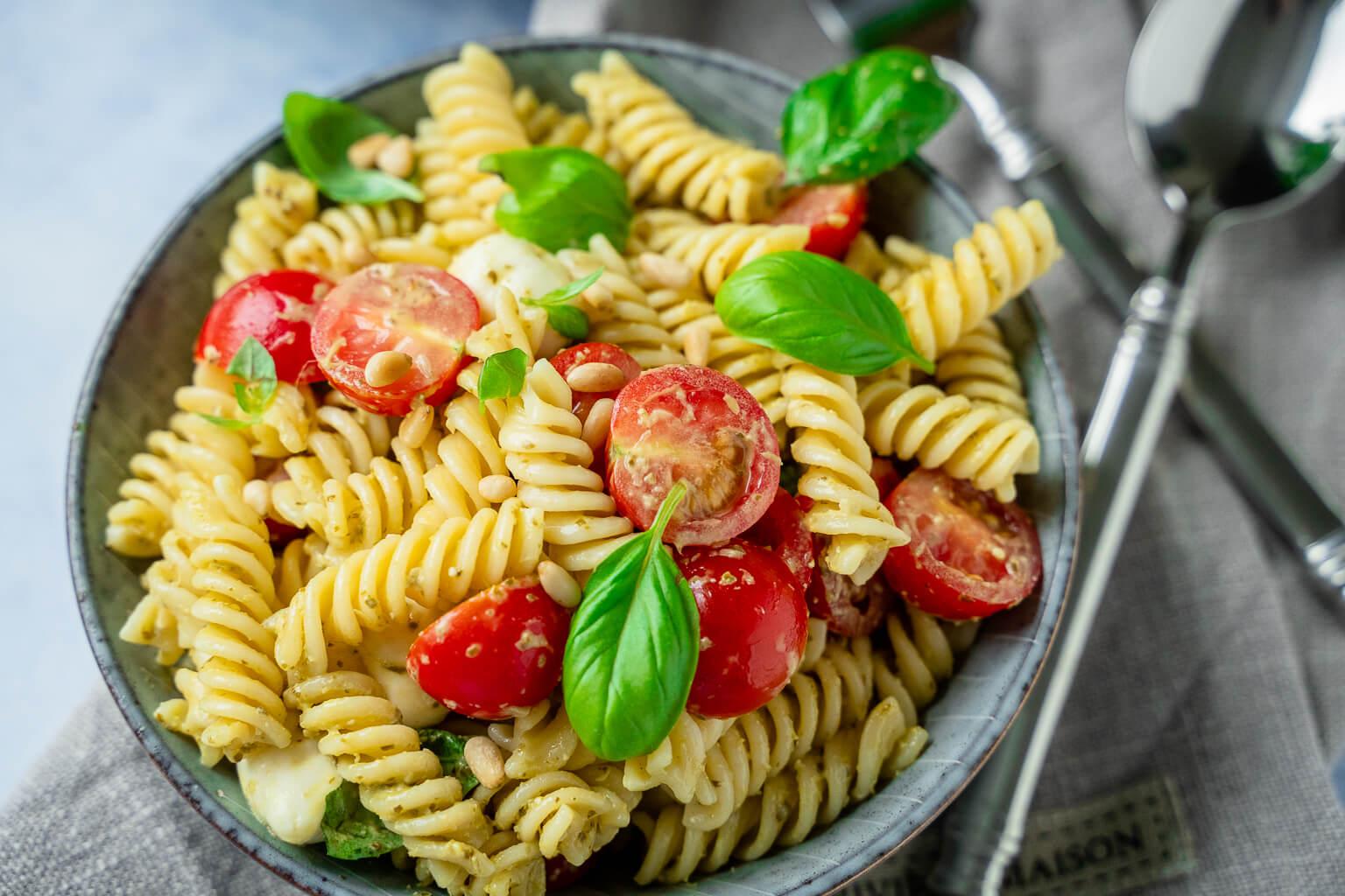 4 Zutaten Pesto Nudelsalat