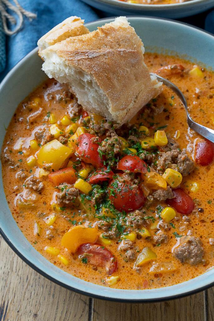 Pizzasuppe - die perfekte Suppe für die ganze Familie